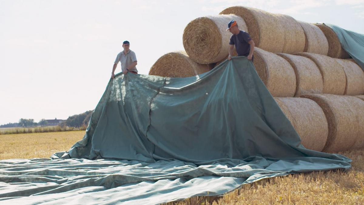 Straw and Hay Bale Protection with Toptex Fabric